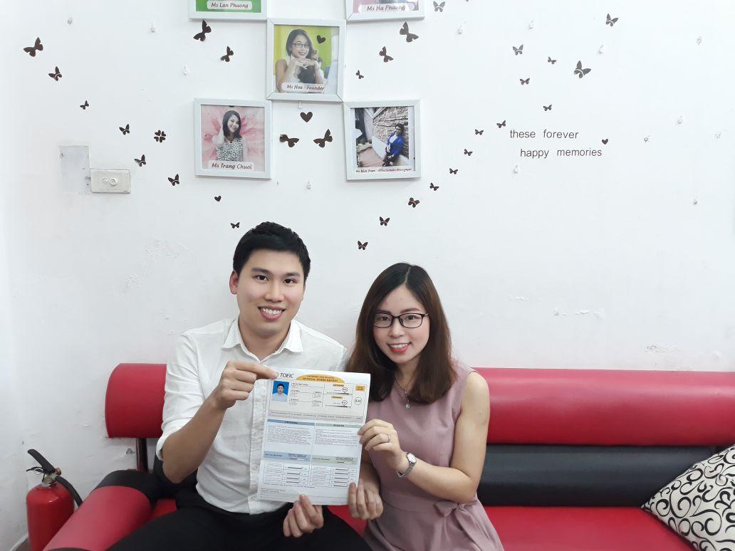 Quang và cô Hồng