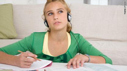 Unit 18: Mẹo làm bài nghe chủ đề Recorded messages, operating instructions (Tin nhắn ghi âm, chỉ dẫn hoạt động) – Short Talk