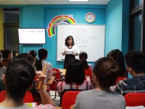 Cô chủ Ms Hoa TOEIC: Muốn thành công, hãy khác biệt