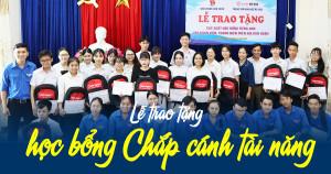 Anh Ngữ Ms Hoa tặng 30 suất học bổng trị giá 170 triệu đồng cho học sinh các trường THPT có hoàn cảnh khó khăn tại quận Liên Chiểu, Đà Nẵng