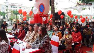 Tưng bừng khai trương Anh ngữ Ms Hoa cơ sở Hoàng Diệu 2 Hồ Chí Minh