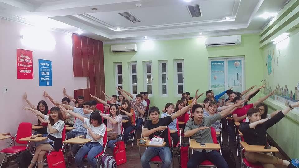 Không khí lớp học tại Anh Ngữ Ms Hoa